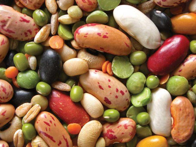 Разноцветные бобовые продукты