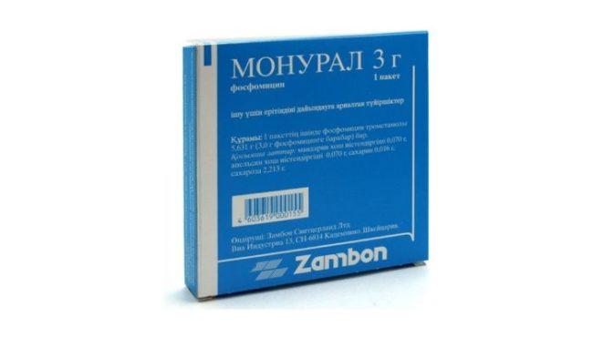 Гранулы для приготовления раствора монурал в упаковке