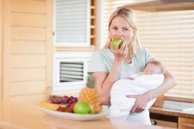 Питание кормящей мамы и новорождённый