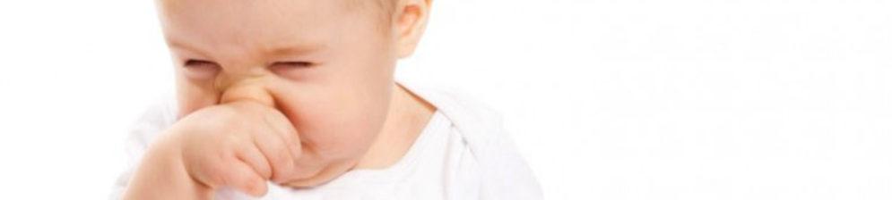 Сопли в ному ребёнок плачет