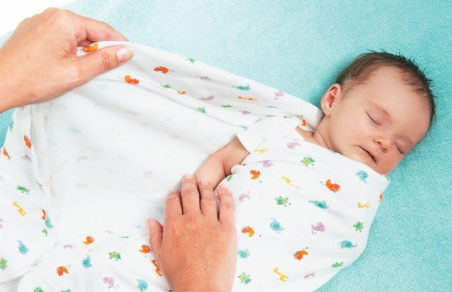 Пеленание новорождённого