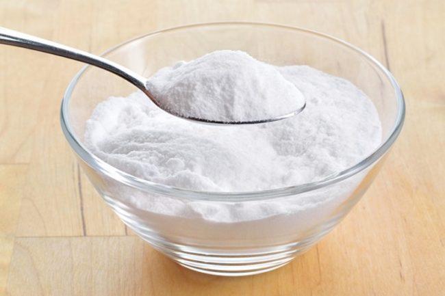 Пищевая сода белого цвета