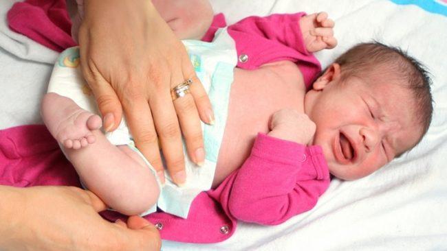 Запор у новорождённого малыша