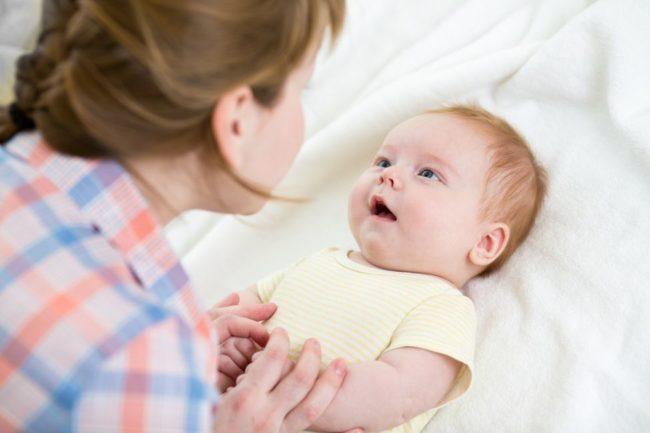 Мама с новорождённым ребёнком