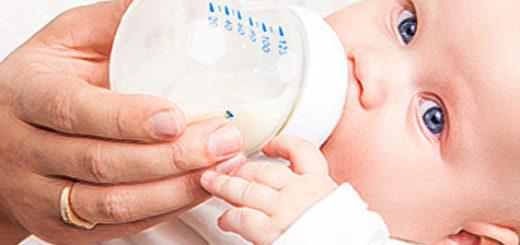 Вскармливание ребёнка искусственной смесью