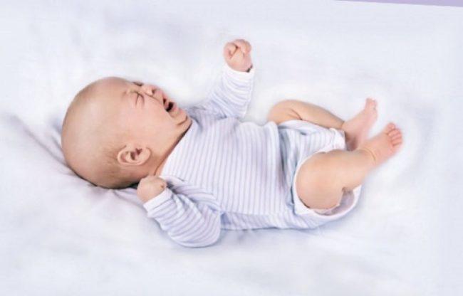 Запор у новорождённого ребёнка